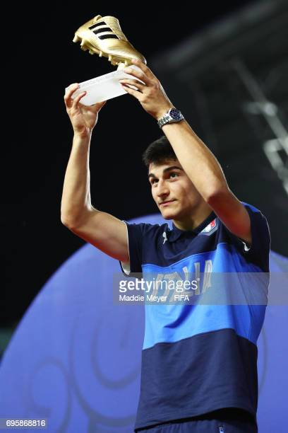 Riccardo Orsolini of Italy poses with the Golden Boot Award after the FIFA U20 World Cup Korea Republic 2017 Final between Venezuela and England at...