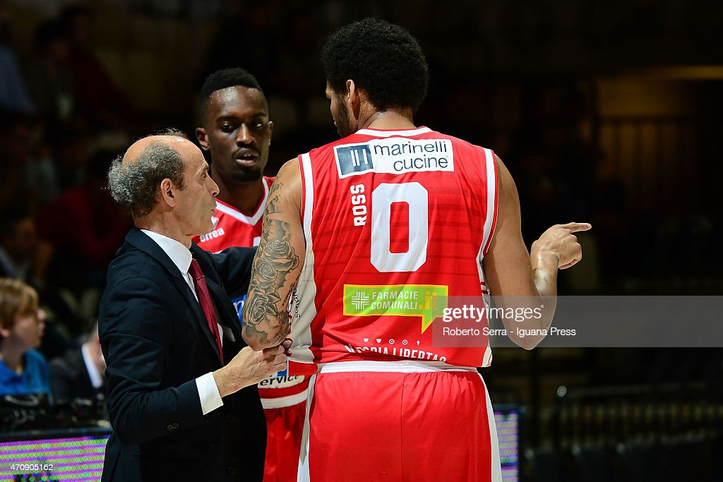Riccardo Paolini head coach of Consultinvest talks over with Anthony Myles and LaQuinton Ross during the LegaBasket match between Virtus Granarolo...