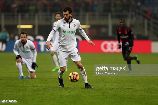 Riccardo Saponara of ACF Fiorentina in action during the Serie A match between AC Milan and ACF Fiorentina AC Milan wins 21 over ACF Fiorentina