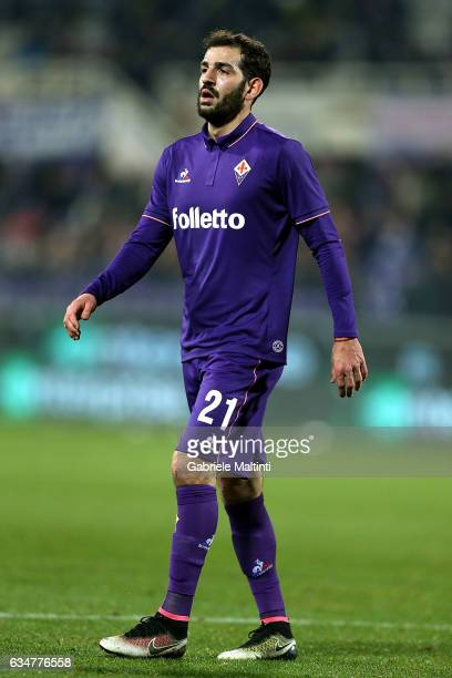 Riccardo Saponara of ACF Fiorentina in action during the Serie A match between ACF Fiorentina and Udinese Calcio at Stadio Artemio Franchi on...