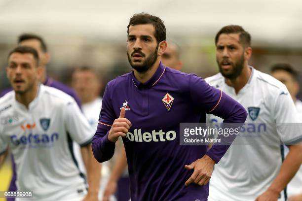 Riccardo Saponara of ACF Fiorentina in action during the Serie A match between ACF Fiorentina and Empoli FC at Stadio Artemio Franchi on April 15...