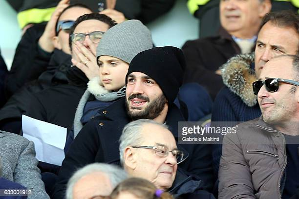 Riccardo Saponara of ACF Fiorentina looks on during the Serie A match between ACF Fiorentina and Genoa CFC at Stadio Artemio Franchi on January 29...
