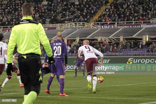 Riccardo Saponara of ACF Fiorentina scores the opening goal during the Serie A match between ACF Fiorentina and FC Torino at Stadio Artemio Franchi...