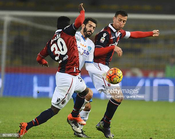 Riccardo Saponara of Empoli FC in action during the Serie A match between Bologna FC and Empoli FC at Stadio Renato Dall'Ara on December 19 2015 in...