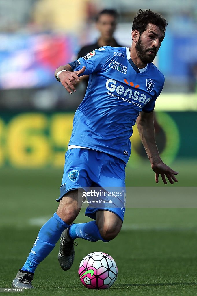 Riccardo Saponara of Empoli FC in action during the Serie A match between Empoli FC and Bologna FC at Stadio Carlo Castellani on May 1, 2016 in Empoli, Italy.