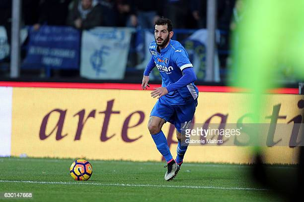 Riccardo Saponara of Empoli FC in action during the Serie A match between Empoli FC and Cagliari Calcio at Stadio Carlo Castellani on December 17...