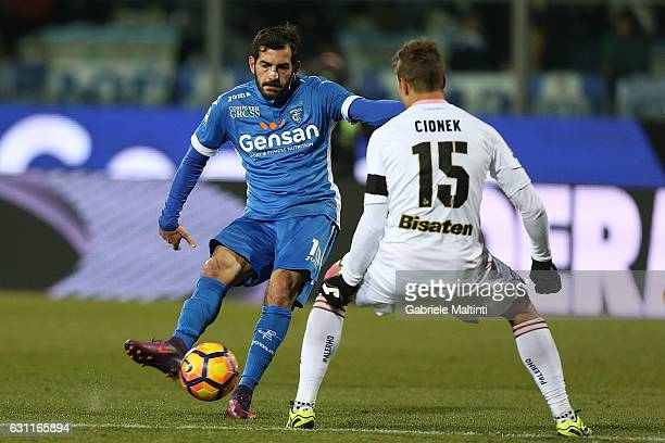 Riccarso Saponara of Empoli FC in action during the Serie A match between Empoli FC and US Citta di Palermo at Stadio Carlo Castellani on January 7...