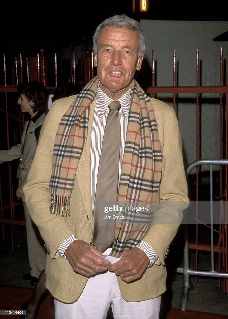 Richard Anderson during 'Edtv' Los Angeles Premiere at Universal Amphitheatre in Universal City, California, United States.