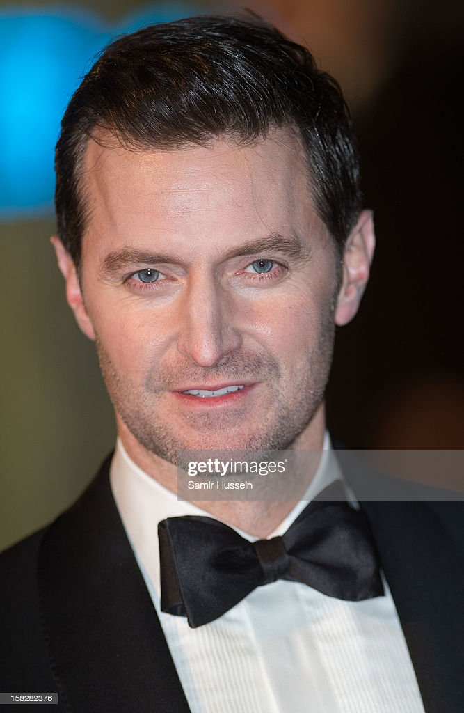 Richard Armitage attends a royal film performance of 'The Hobbit: An Unexpected Journey' at The Empire Leicester Square on December 12, 2012 in London, England.