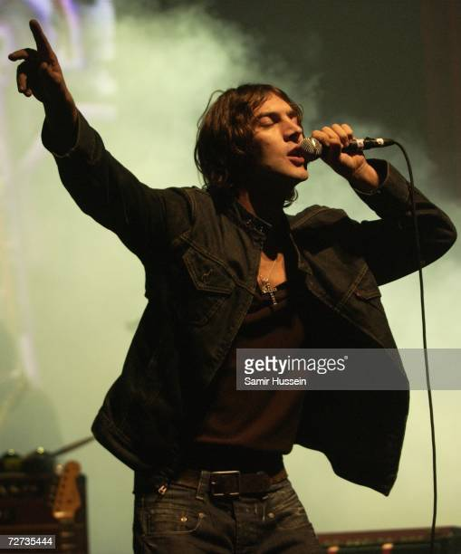 Richard Ashcroft performs at the Hammersmith Apollo December 5 2006 in London England