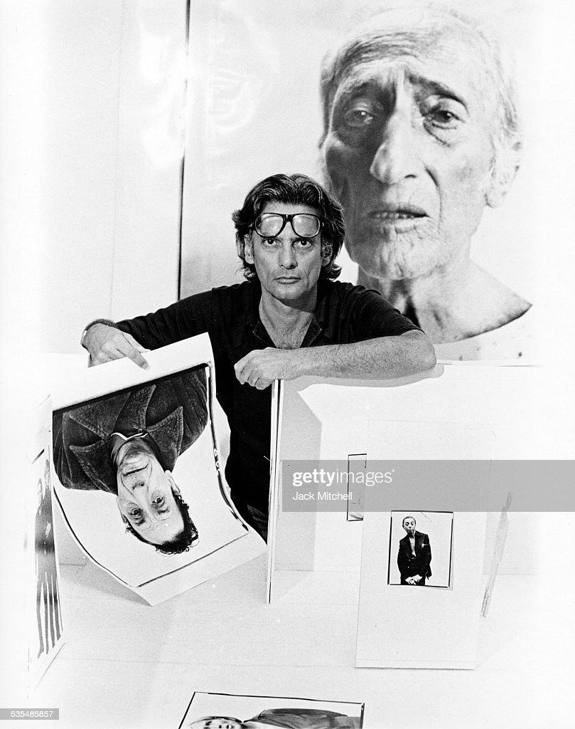 Richard Avedon planning hs retrospective exhibition at New York's Marlborough Gallery photographed August 27 1975