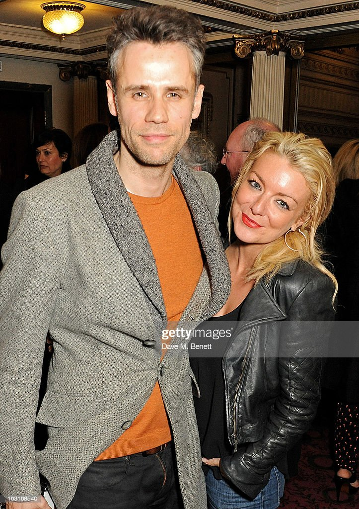<a gi-track='captionPersonalityLinkClicked' href=/galleries/search?phrase=Richard+Bacon&family=editorial&specificpeople=220978 ng-click='$event.stopPropagation()'>Richard Bacon</a> (L) and <a gi-track='captionPersonalityLinkClicked' href=/galleries/search?phrase=Sheridan+Smith&family=editorial&specificpeople=4159304 ng-click='$event.stopPropagation()'>Sheridan Smith</a> pose in the foyer following the press night performance of 'The Audience' at the Gielgud Theatre on March 5, 2013 in London, England.