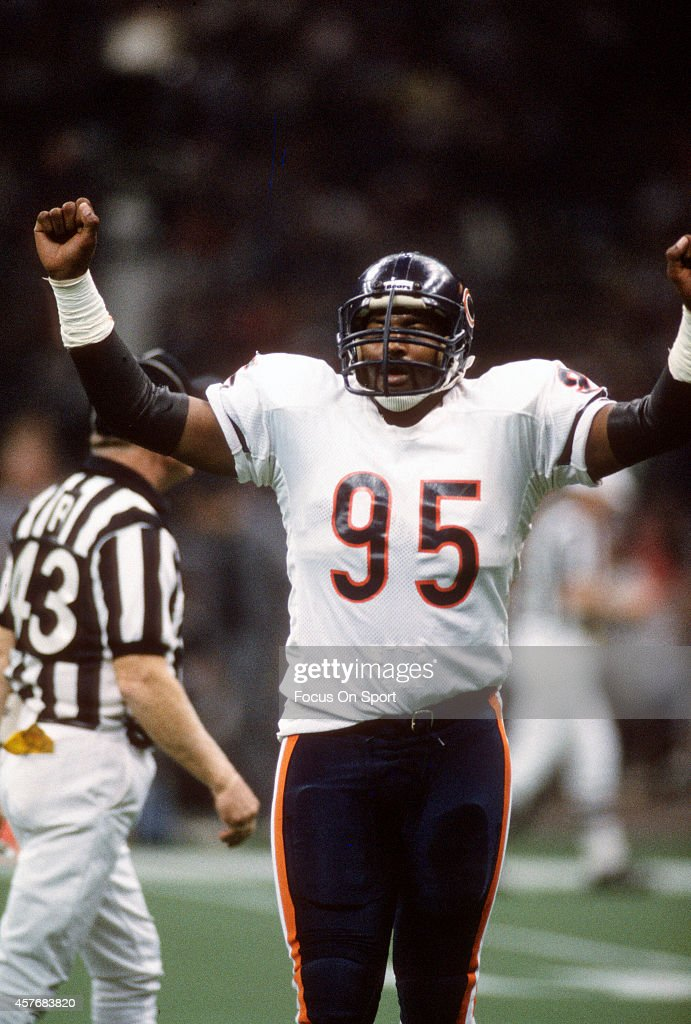 <a gi-track='captionPersonalityLinkClicked' href=/galleries/search?phrase=Richard+Dent&family=editorial&specificpeople=240277 ng-click='$event.stopPropagation()'>Richard Dent</a> #95 of the Chicago Bears celebrates after a play against the New England Patriots during Super Bowl XX January 26, 1986 at the Louisiana Superdome in New Orleans, Louisiana. The Bears won the Super Bowl 46-10.