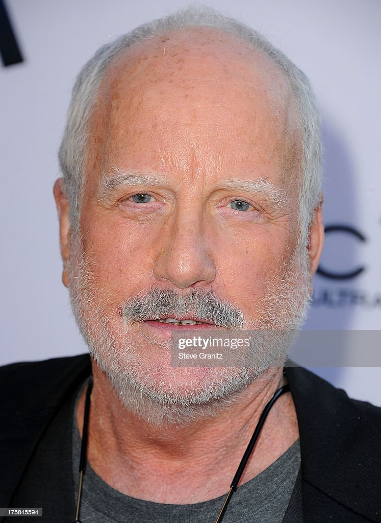 <a gi-track='captionPersonalityLinkClicked' href=/galleries/search?phrase=Richard+Dreyfuss&family=editorial&specificpeople=216584 ng-click='$event.stopPropagation()'>Richard Dreyfuss</a> arrives at the 'Paranoia' - Los Angeles Premiere at DGA Theater on August 8, 2013 in Los Angeles, California.