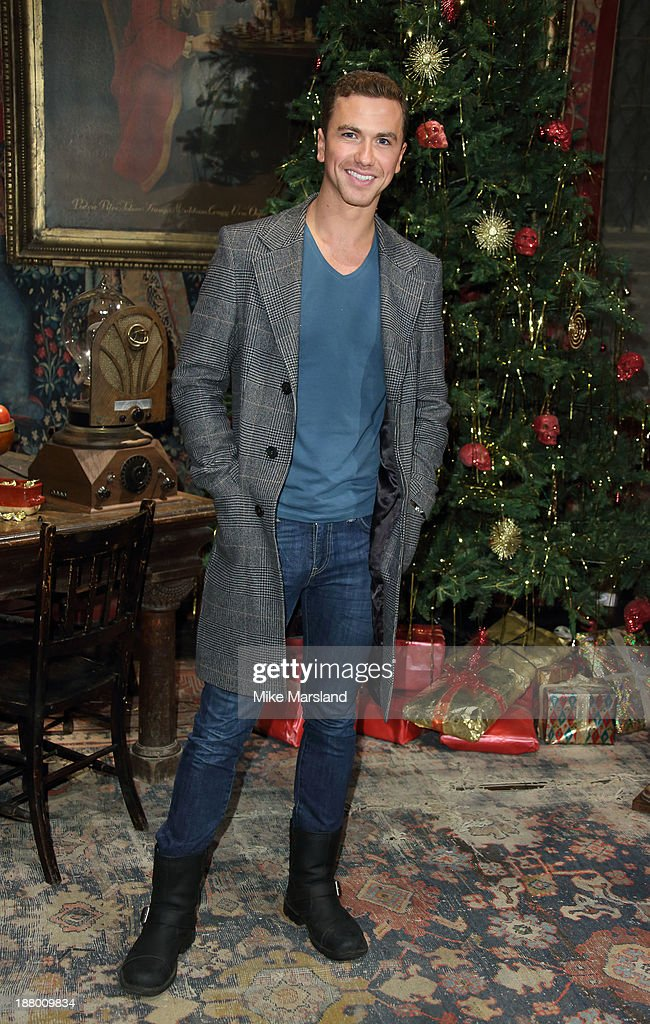 <a gi-track='captionPersonalityLinkClicked' href=/galleries/search?phrase=Richard+Fleeshman&family=editorial&specificpeople=504688 ng-click='$event.stopPropagation()'>Richard Fleeshman</a> attends Hogwarts In The Snow VIP Preview at Warner Bros Studios on November 14, 2013 in London, England.
