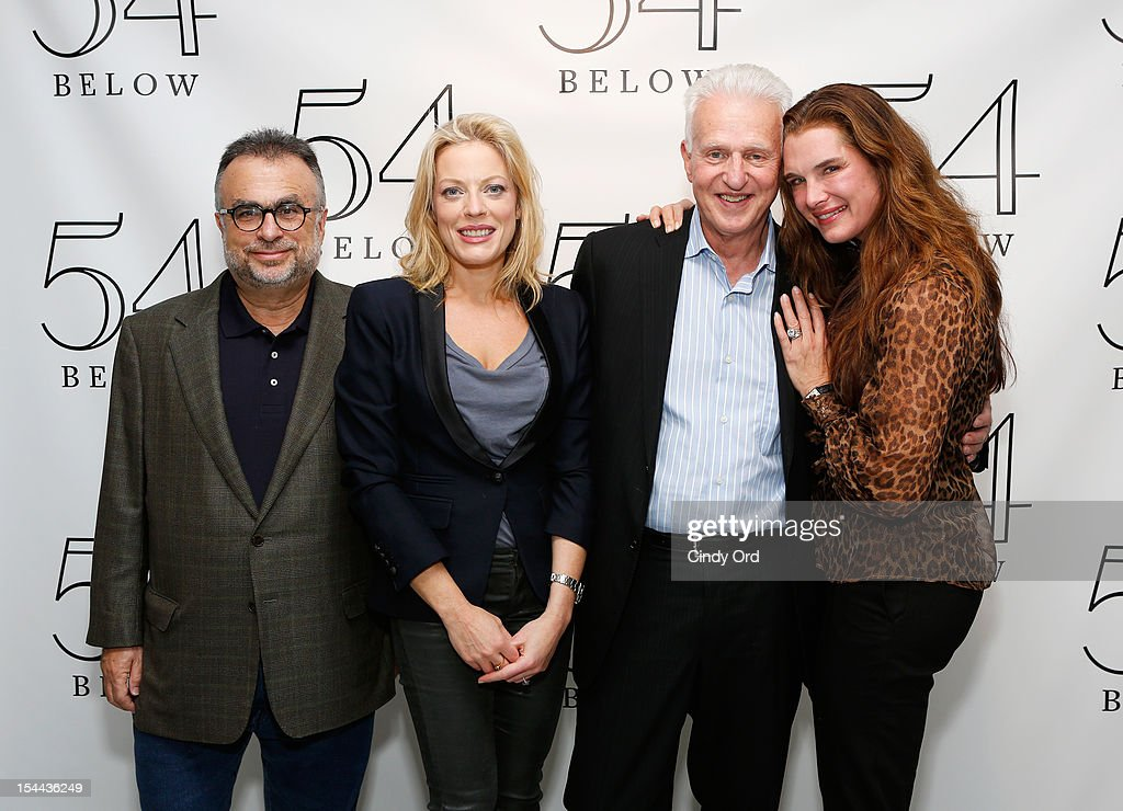 Richard Frankel (L), Tom Viertel (2nd R) and Brooke Sheilds (R) pose with actress/ singer Sherie Rene Scott (2nd R) backstage prior to her performance at 54 Below on October 19, 2012 in New York City.