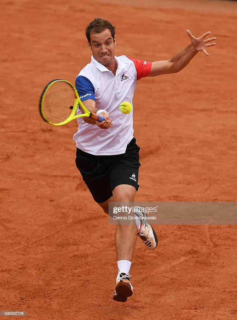 <a gi-track='captionPersonalityLinkClicked' href=/galleries/search?phrase=Richard+Gasquet&family=editorial&specificpeople=206501 ng-click='$event.stopPropagation()'>Richard Gasquet</a> of France hits a forehand during the Men's Singles fourth round match against Kei Nishikori of Japan on day eight of the 2016 French Open at Roland Garros on May 29, 2016 in Paris, France.