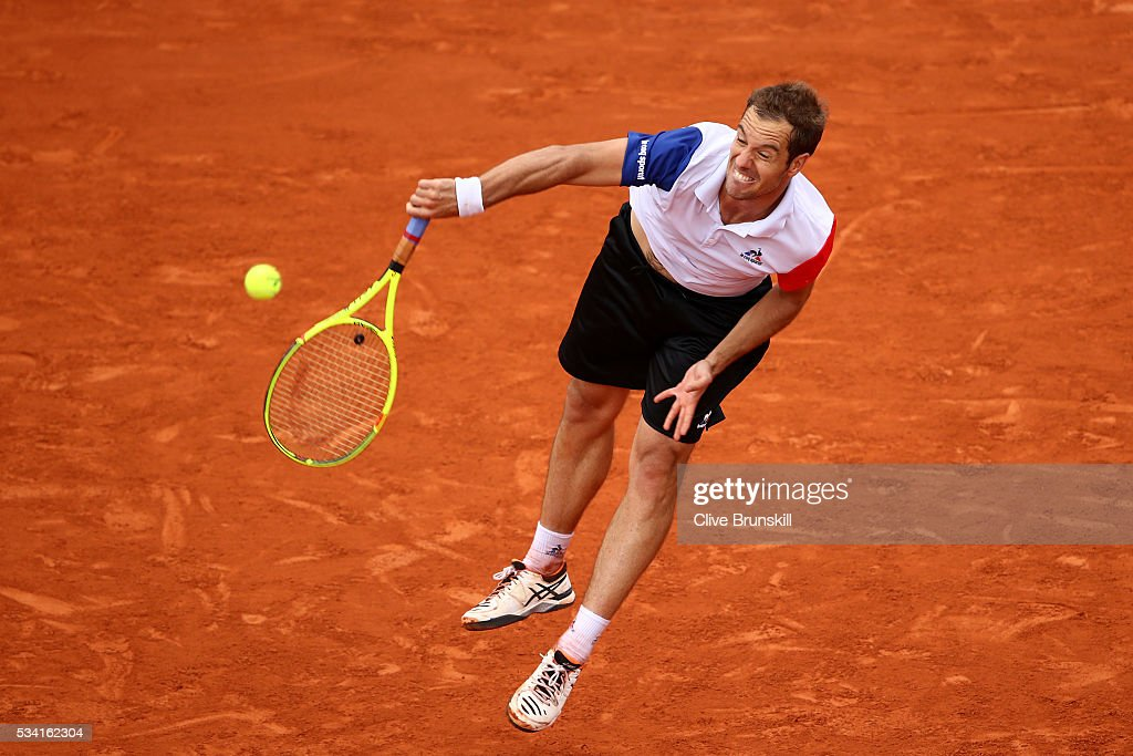 <a gi-track='captionPersonalityLinkClicked' href=/galleries/search?phrase=Richard+Gasquet&family=editorial&specificpeople=206501 ng-click='$event.stopPropagation()'>Richard Gasquet</a> of France serves during the Men's Singles second round match against Bjorn Fratangelo of the United States on day four of the 2016 French Open at Roland Garros on May 25, 2016 in Paris, France.
