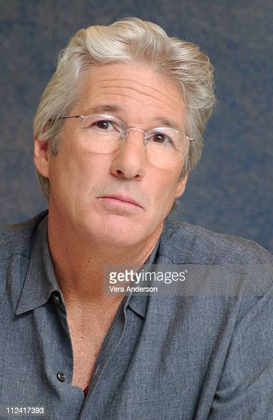 Richard Gere during 'Shall We Dance' Press Conference with Jennifer Lopez Richard Gere and Susan Sarandon at Essex House in New York City New York...