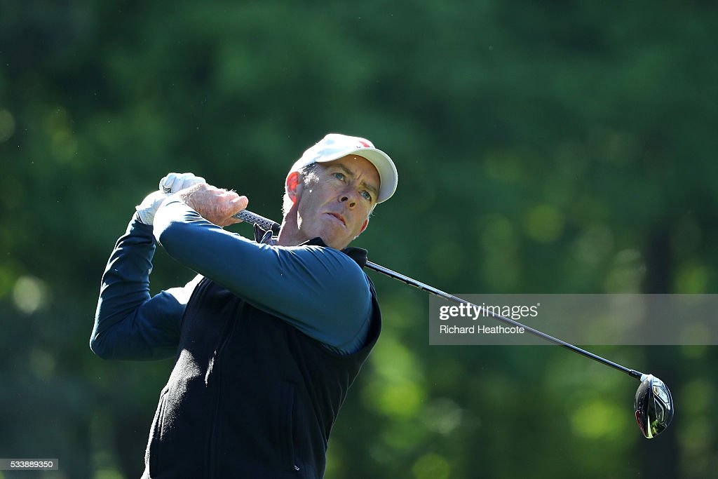 <a gi-track='captionPersonalityLinkClicked' href=/galleries/search?phrase=Richard+Green&family=editorial&specificpeople=210649 ng-click='$event.stopPropagation()'>Richard Green</a> of Australia hits a shot during a practise round for the BMW PGA Championship at Wentworth on May 24, 2016 in Virginia Water, England.