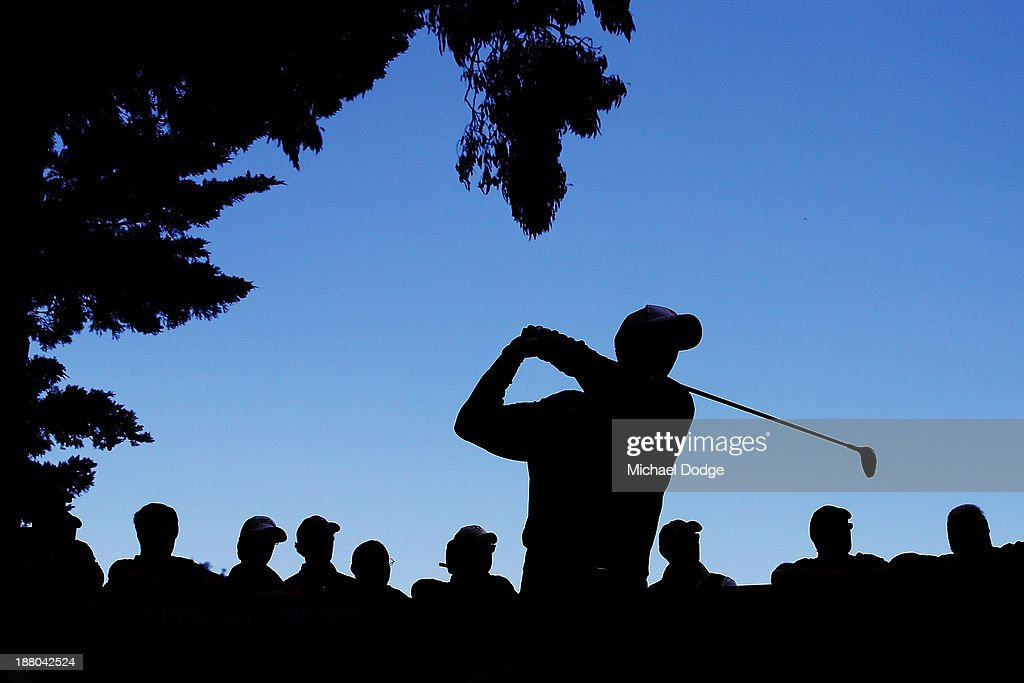 Richard Green of Australia hits a tee shot during round two of the 2013 Australian Masters at Royal Melbourne Golf Course on November 15 2013 in...