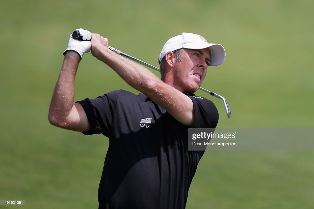 Richard Green of Australia hits his second shot on the 1st hole during the final round of the Open de Espana held at PGA Catalunya Resort on May 18...