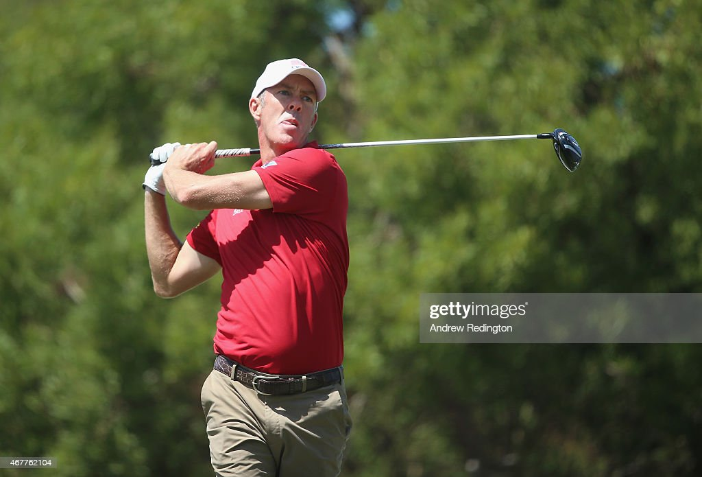 Richard Green of Australia hits his teeshot on the 18th hole during the second round of the Trophee Hassan II Golf at Golf du Palais Royal on March...