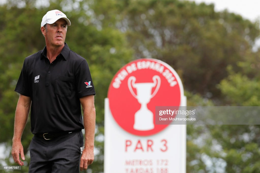 Richard Green of Australia looks on after he hits his tee shot on the 11th hole during the final round of the Open de Espana held at PGA Catalunya...