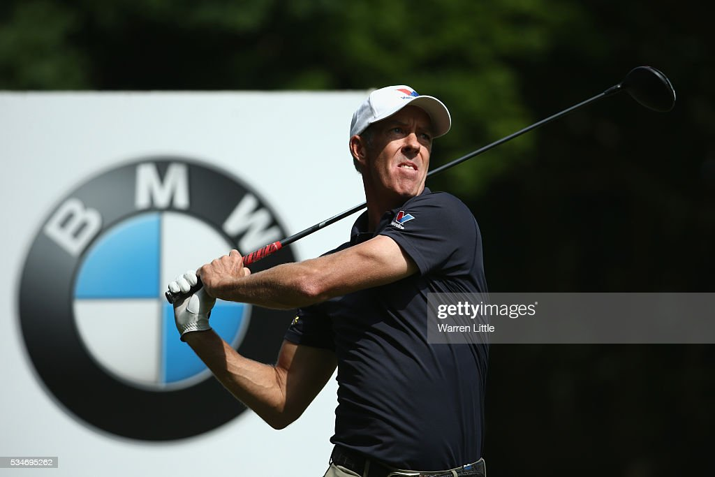 <a gi-track='captionPersonalityLinkClicked' href=/galleries/search?phrase=Richard+Green&family=editorial&specificpeople=210649 ng-click='$event.stopPropagation()'>Richard Green</a> of Australia tees off on the 3rd hole during day two of the BMW PGA Championship at Wentworth on May 27, 2016 in Virginia Water, England.