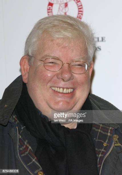 Richard Griffiths receives the Best Actor Award for The History Boys