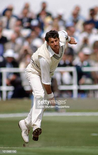 Richard Hadlee bowling for New Zealand during the 1st Texaco Trophy One Day International match between England and New Zealand at Headingley in...