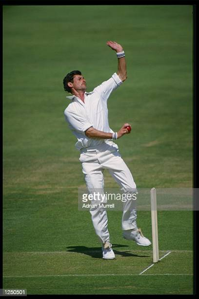 Richard Hadlee in action during the 1st Test between England and New Zealand at Lords Mandatory CreditAdrian Murrell/Allsport UK