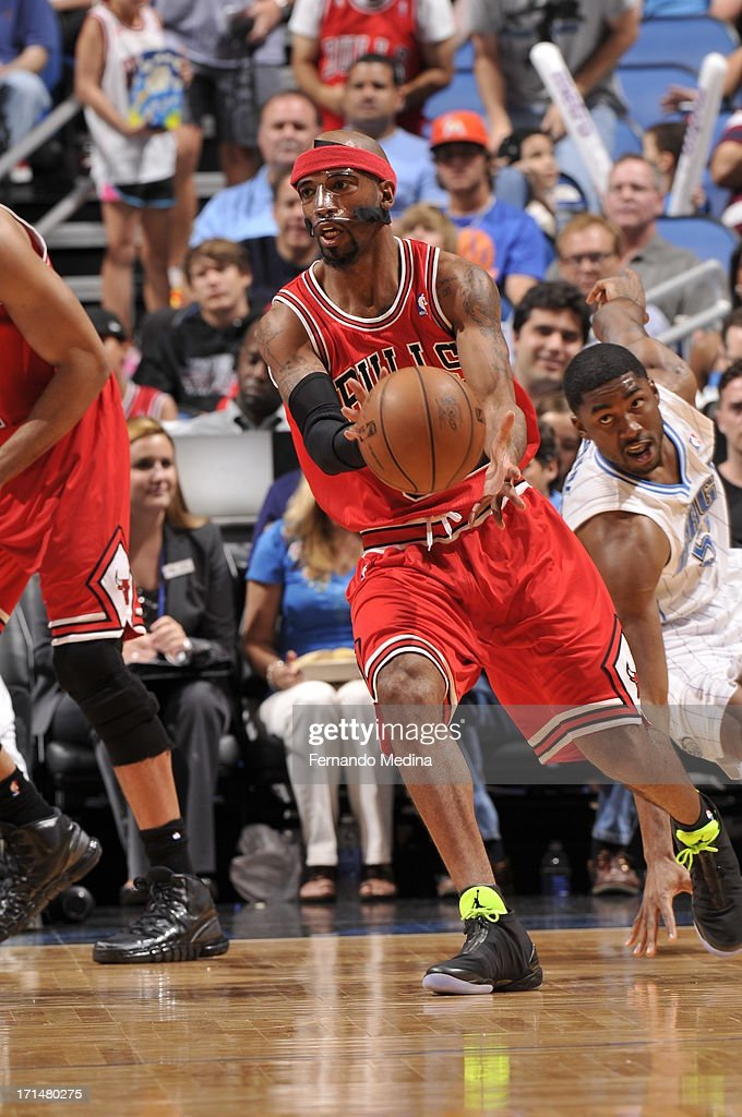 Richard Hamilton #32 of the Chicago Bulls catches the ball against the Orlando Magic during a game on April 15, 2013 at Amway Center in Orlando, Florida.