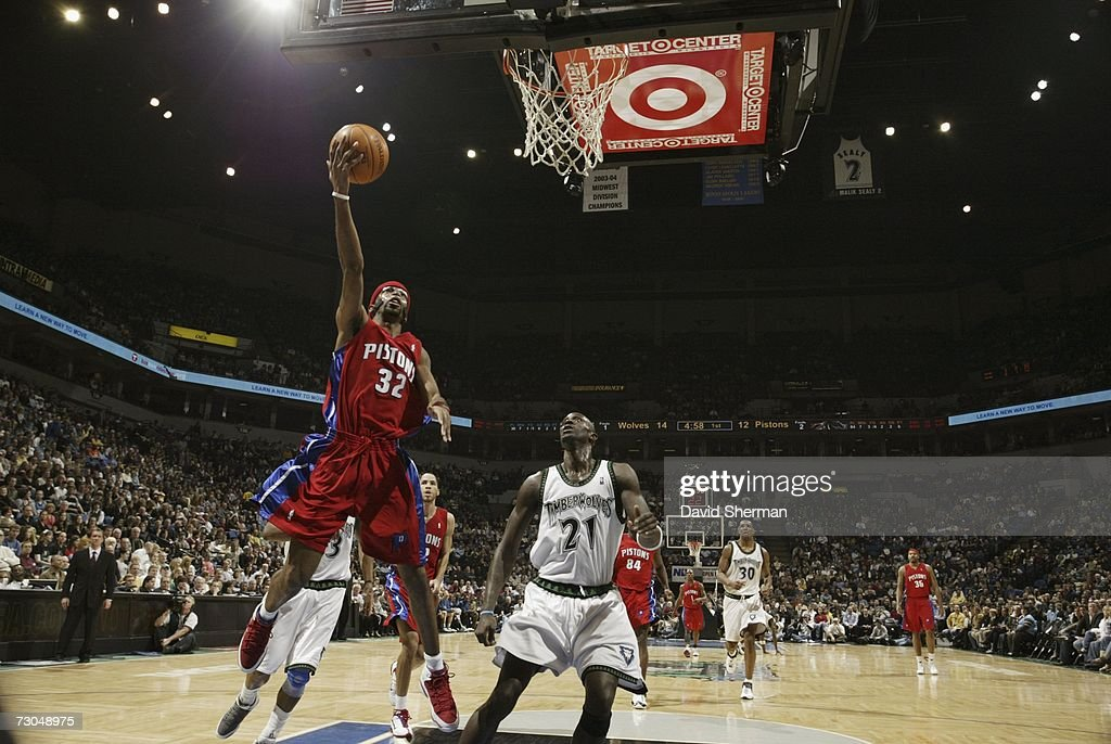 Richard Hamilton #32 of the Detroit Pistons drives to the basket against Kevin Garnett #21 of the Minnesota Timberwolves at the Target Center on January 19, 2007 in Minneapolis, Minnesota.
