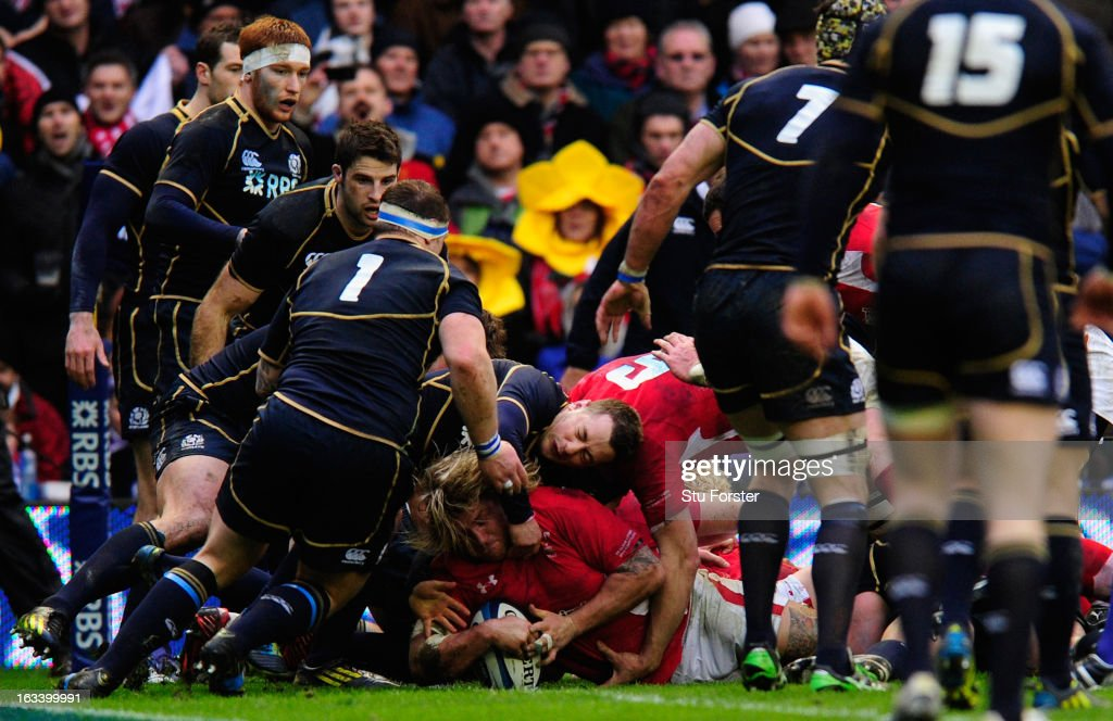 Richard Hibbard of Wales goes over to score the opening try during the RBS Six Nations match between Scotland and Wales at Murrayfield Stadium on March 9, 2013 in Edinburgh, Scotland.