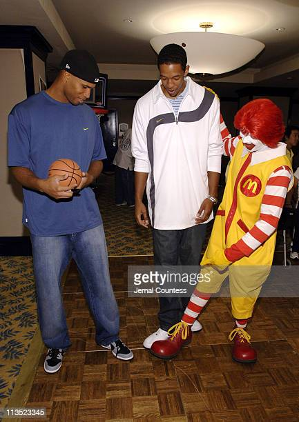 Richard Jefferson Channing Frye and Ronald McDonald
