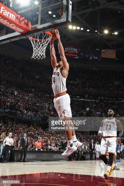 Richard Jefferson of the Cleveland Cavaliers dunks the ball against the Golden State Warriors in Game Four of the 2017 NBA Finals on June 9 2017 at...