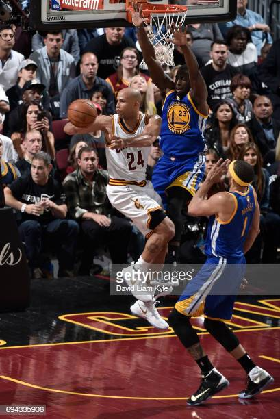 Richard Jefferson of the Cleveland Cavaliers passes from under the basket against Draymond Green of the Golden State Warriors in Game Four of the...
