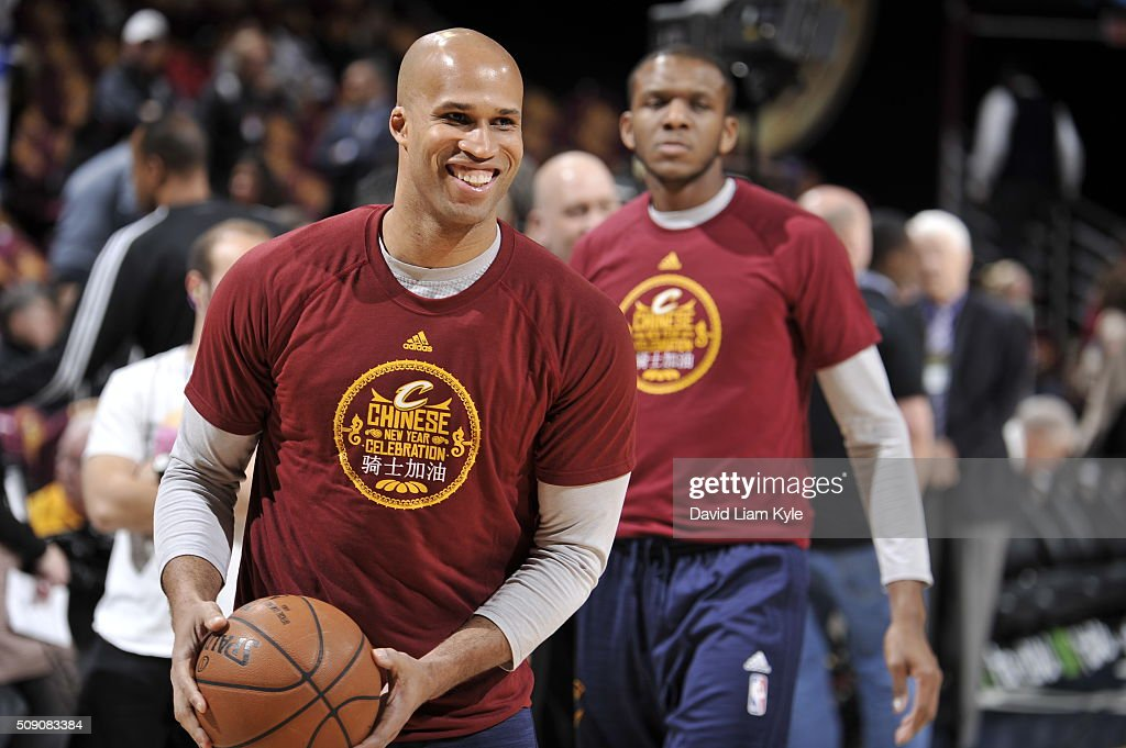 <a gi-track='captionPersonalityLinkClicked' href=/galleries/search?phrase=Richard+Jefferson&family=editorial&specificpeople=201688 ng-click='$event.stopPropagation()'>Richard Jefferson</a> #24 of the Cleveland Cavaliers warms up before the game against the Sacramento Kings on February 8, 2016 at Quicken Loans Arena in Cleveland, Ohio.