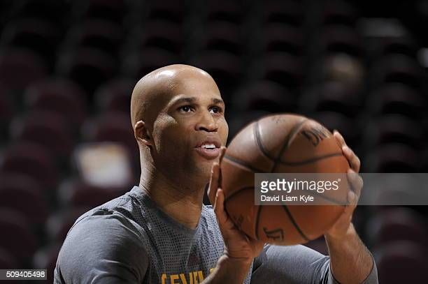Richard Jefferson of the Cleveland Cavaliers warms up before the game against the Los Angeles Lakers on February 10 2016 at Quicken Loans Arena in...
