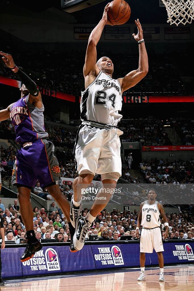 Phoenix Suns v San Antonio Spurs, Game 4
