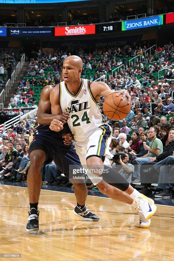 Richard Jefferson #24 of the Utah Jazz handles the ball against the New Orleans Pelicans at EnergySolutions Arena on April 04, 2014 in Salt Lake City, Utah.