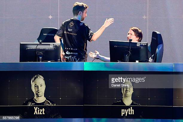 Richard Landstrom gamertag 'Xizt' celebrates with Jacob Mourujarvi gamertag 'pyth' of Ninjas in Pyjamas celebrate after beating G2 Esports in two...