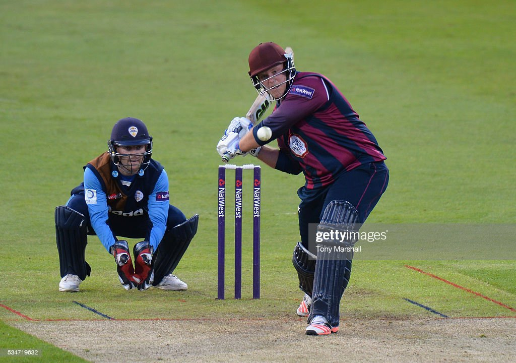 <a gi-track='captionPersonalityLinkClicked' href=/galleries/search?phrase=Richard+Levi&family=editorial&specificpeople=8334116 ng-click='$event.stopPropagation()'>Richard Levi</a> of Northamptonshire bats during the NatWest T20 Blast match between Northamptonshire and Derbyshire at The County Ground on May 27, 2016 in Northampton, England.
