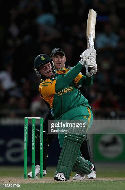 Richard Levi of South Africa hits a six during the International Twenty20 match between New Zealand and South Africa at Seddon Park on February 19...