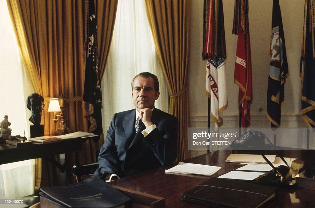 <a gi-track='captionPersonalityLinkClicked' href=/galleries/search?phrase=Richard+Nixon&family=editorial&specificpeople=92456 ng-click='$event.stopPropagation()'>Richard Nixon</a> in United States in the 1970s - in the Oval Office.