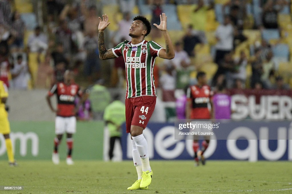 Richard of Fluminense reacts during the match between Flamengo and Fluminense as part of Brasileirao Series A 2017 at Maracana Stadium on October 12, 2017 in Rio de Janeiro, Brazil.