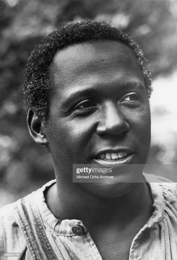 Richard Roundtree plays a slave the TV miniseries 'Roots' which aired in 1977