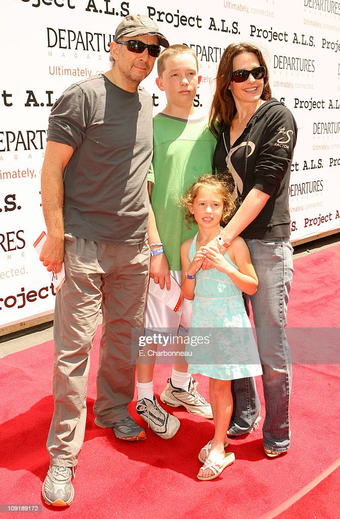 Richard Schiff, Sheila Kelley, Gus Schiff and Ruby Schiff