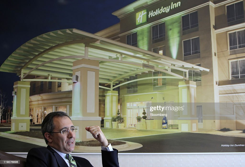 Richard Solomons Chief Executive Officer Of Intercontinental Hotels Group Plc Ihg Gestures